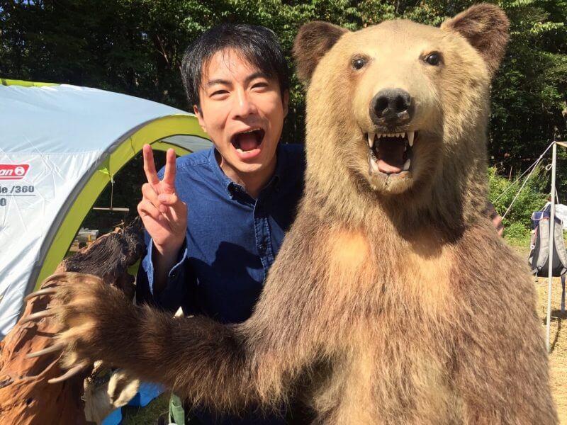 TOBIU CAMPにいた熊とツーショット